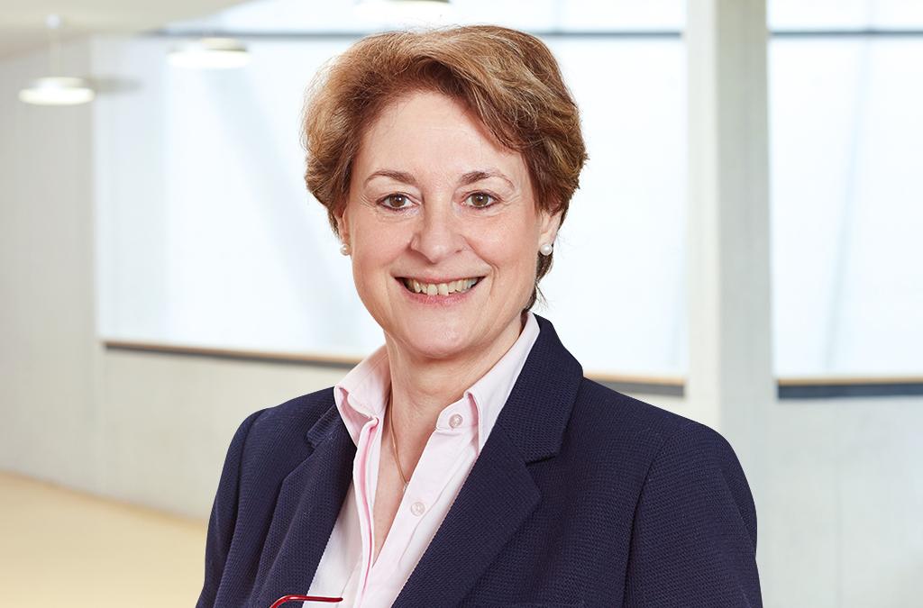 Dr. Ursula Heckner-Bisping - Schulleiterin - Carlo Schmid Schule Pforzheim