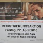 Schülerinnen und Schüler der Carlo Schmid Schule unterstützen die DKMS (Deutsche Knochmarkspende)